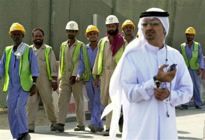 Dubai labor working in summer