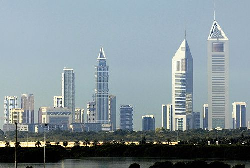 Financial and Social Side of Dubai