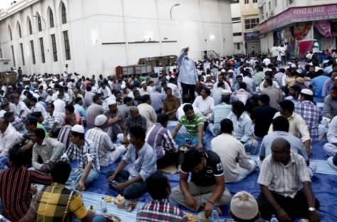 Ali Rashid Lootah Mosque Dubai Iftar