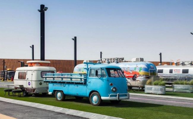 last exit food trucks dubai